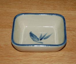Denby Decorative Ware Blue Cone H'dourve Dish
