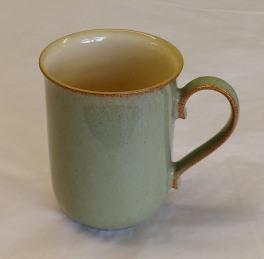 Denby Camelot  Straight Mug - ? shaped handle