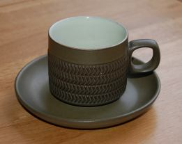 Denby Chevron (4 lines of chevrons) Cup