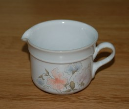 Denby Dauphine  Jug - Small Cream