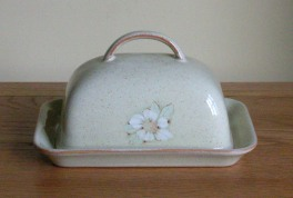 Denby Daybreak (Older colour, paler rim) Butter Dish - Domed