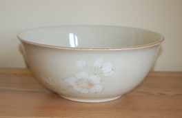 Denby Daybreak (Older colour, paler rim) Pasta/Salad Bowl - Large