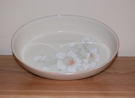 Denby Daybreak (Older colour, paler rim) Oval Dish