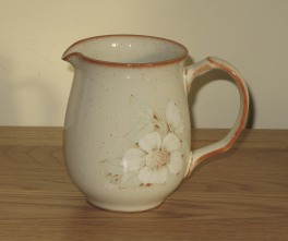 Denby Daybreak (Newer colour - browner rim) Jug - Medium
