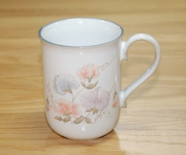 Denby Encore  Straight Mug - ? shaped handle