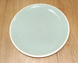 Denby Energy White/Green Dinner Plate