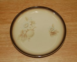 Denby Memories (Older style, slight speckles) Teaplate