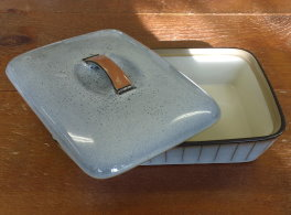Denby Studio  Oblong Dish with lid